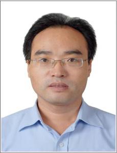 委员  徐玉德